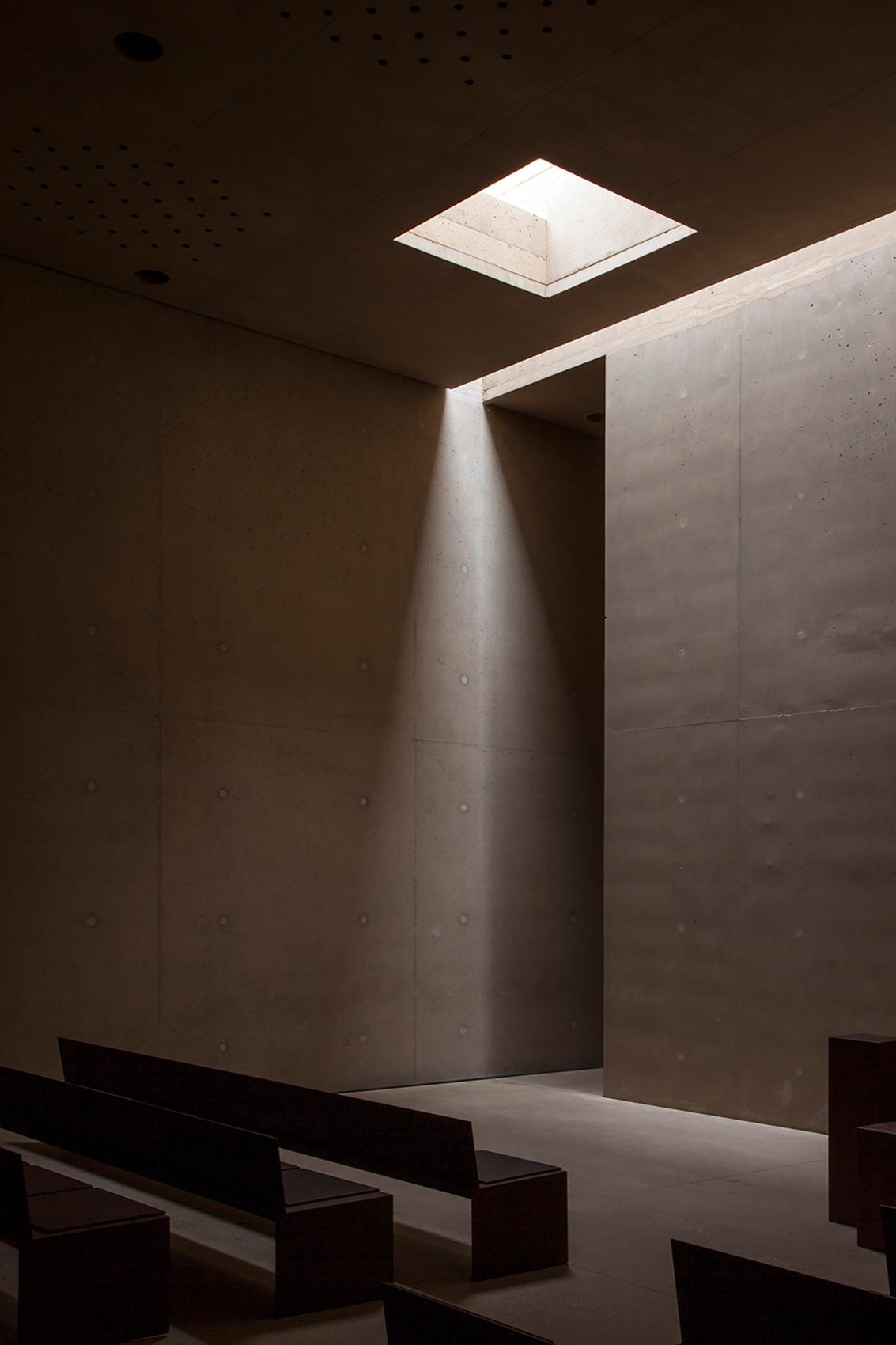 0601_Crematorium_HSuzuki_2014_int-4